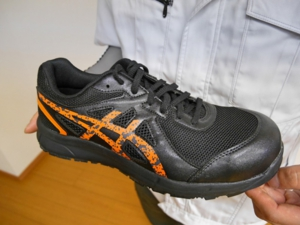 2017夏、アシックスから、またまた新作安全靴登場!